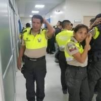 policiasheridos3-aca6aa68f7c3948caa0d35aafa3ba893.jpg