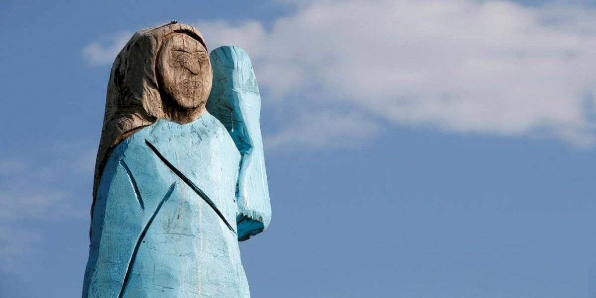 "Estatua de Melania Trump en Eslovenia revive al Ecce Homo: ""Es una desgracia"""