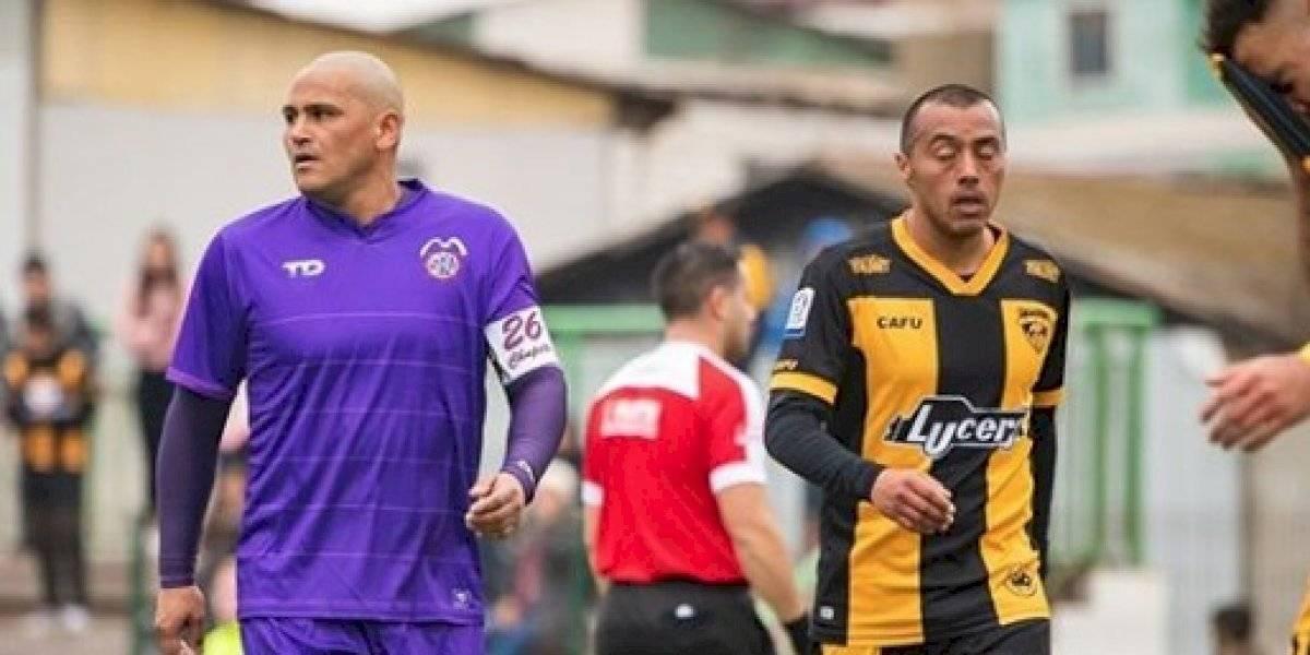Humberto Suazo regresó al profesionalismo en empate del SAU ante Fernández Vial