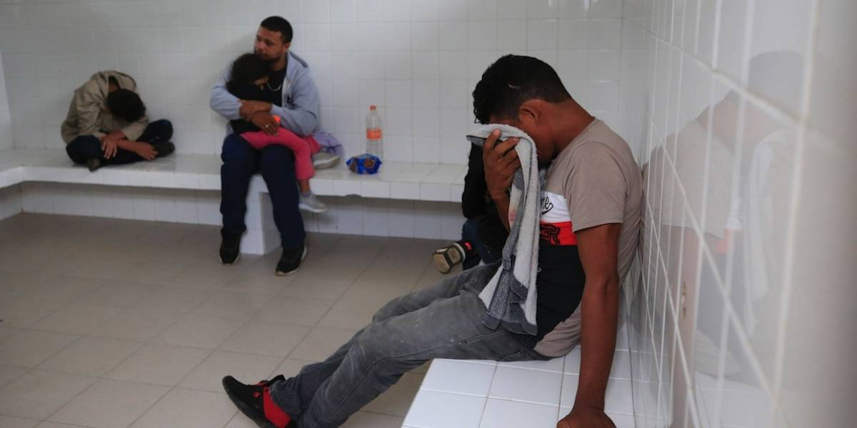 Casos de mexicanos repatriados de EU suben; sería el más alto en tres años
