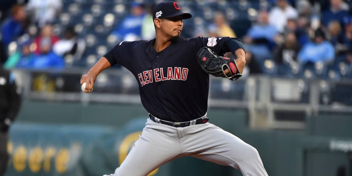 Jugador de los Indios de Cleveland es atendido por leucemia