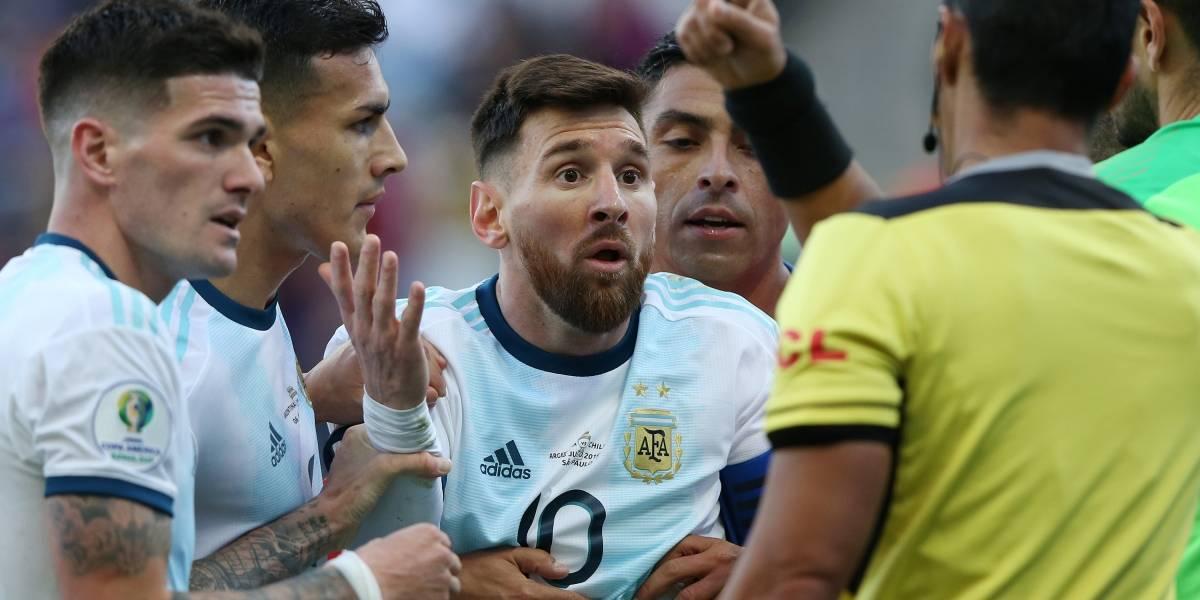 Copa América: Messi é expulso, mas Argentina vence Chile e garante o bronze