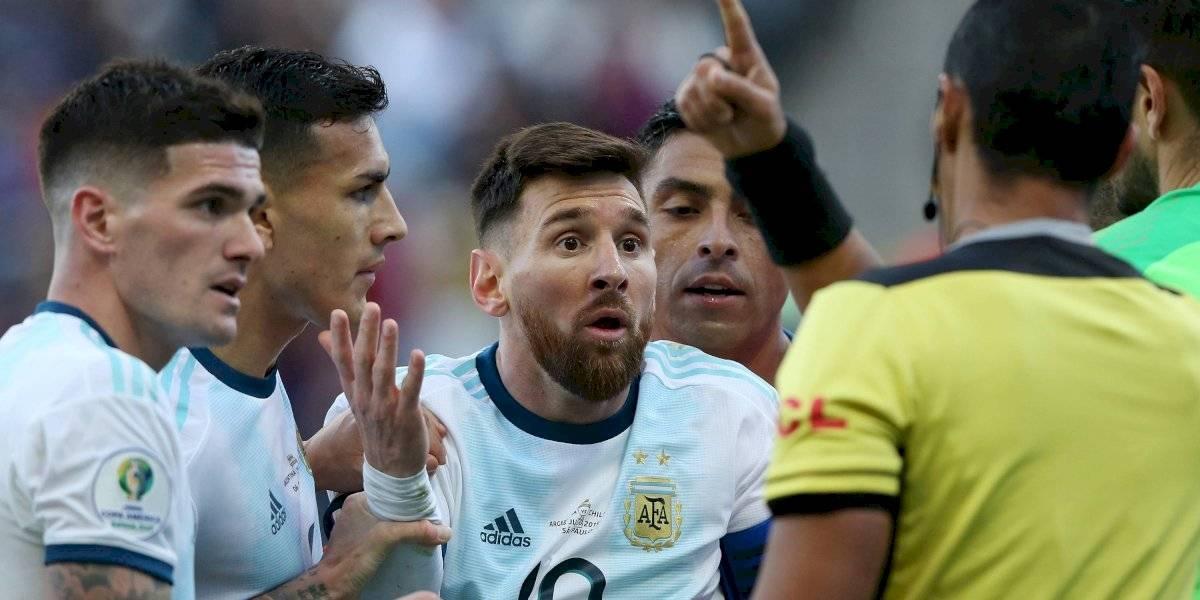Um novo reforço do Barcelona teve que se explicar por mensagens ofensivas contra Messi nas redes sociais