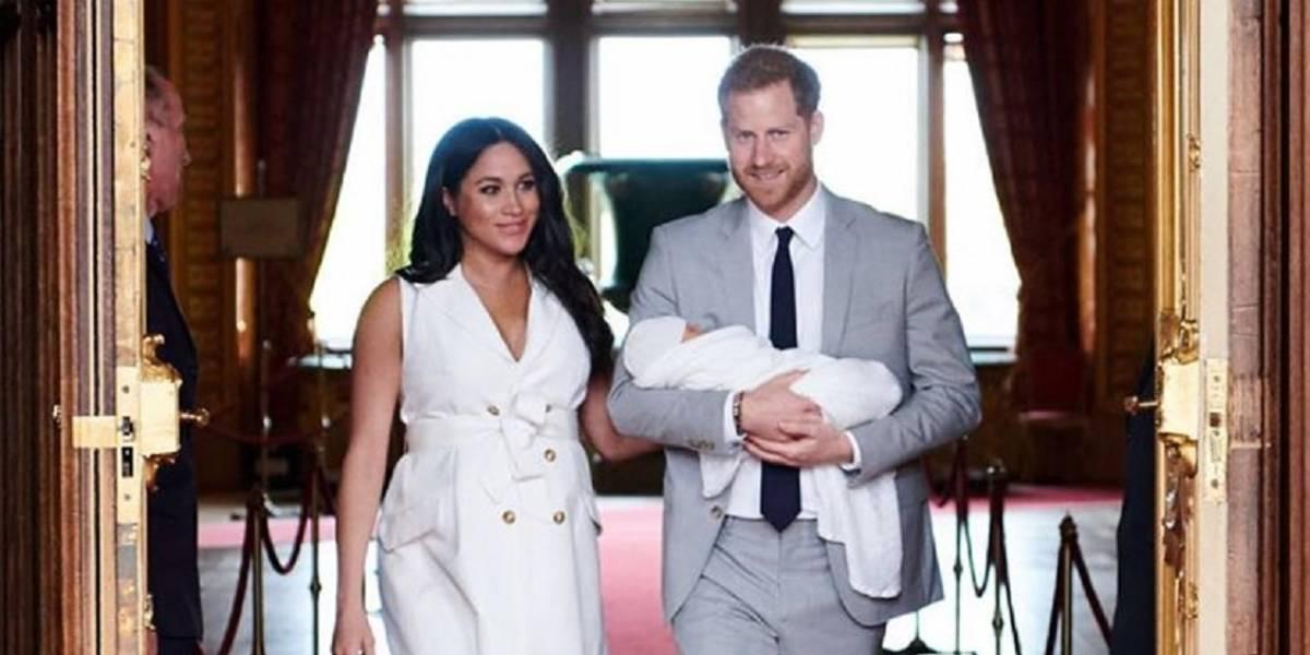 """Meghan Markle y el príncipe Harry """"enfurecen"""" a británicos por el bautizo privado de Archie"""