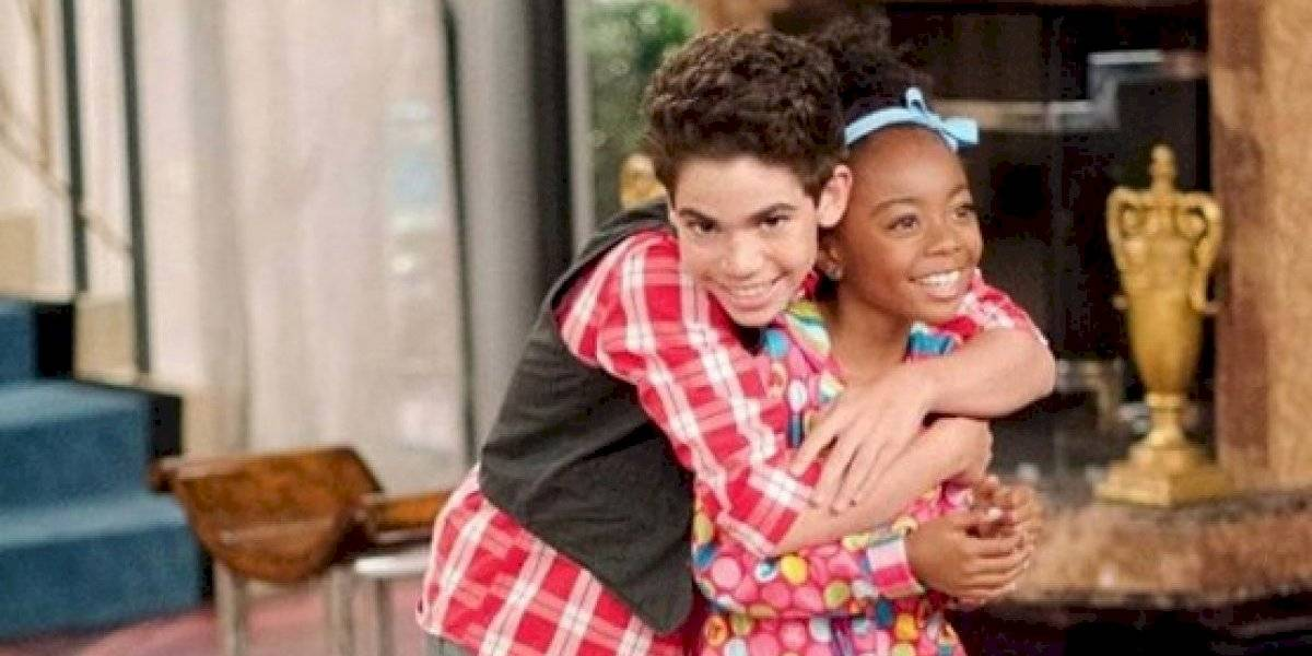 """""""Ojalá te hubiese abrazado más fuerte la última vez que te vi"""": la emotiva despedida de actriz de """"Jessie"""" a Cameron Boyce que hizo llorar a los fans"""