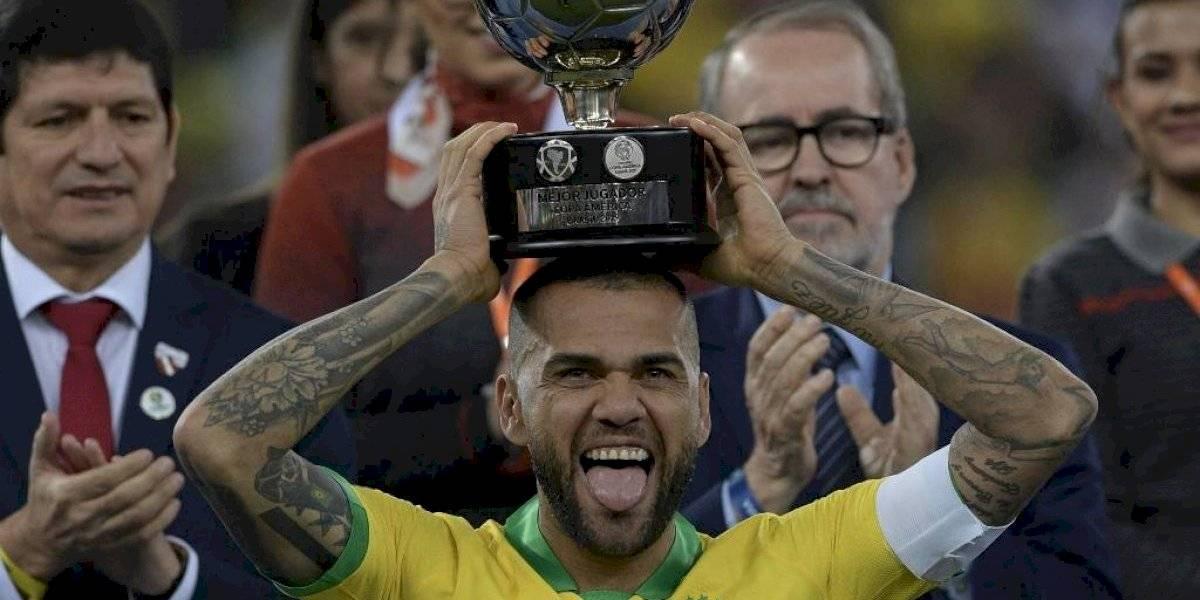 Dani Alves y el sorprendente récord que nadie supera en la historia del futbol