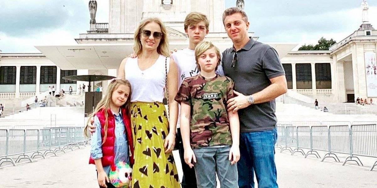 Angélica e Luciano Huck vão a Fátima para agradecer recuperação do filho