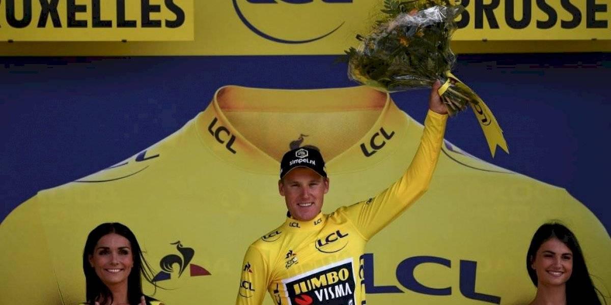 El holandés Mike Teunissen mantiene el maillot amarillo en el Tour de Francia