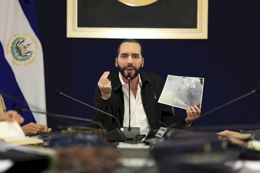 Nayib Bukele en conferencia de prensa