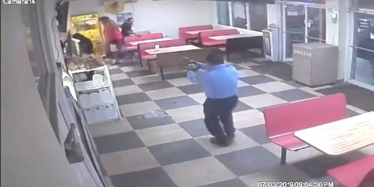 """Ante revelador vídeo de acción policiaca, Policía responde: """"El suceso está bajo evaluación"""""""