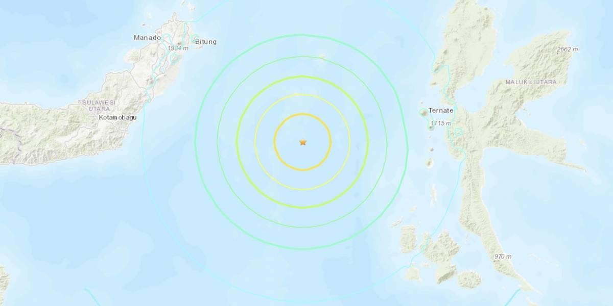 Fuerte sismo de 6.9 grados en aguas de Indonesia provocóalerta de tsunami