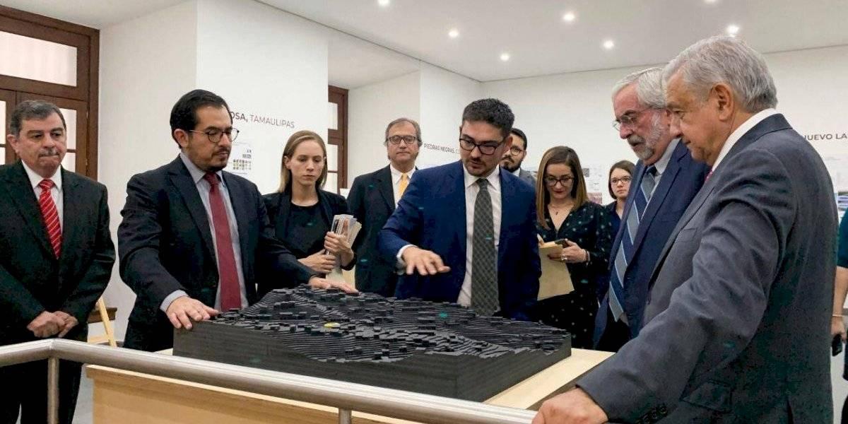AMLO y Graue presentan 104 proyectos de mejoramiento urbano