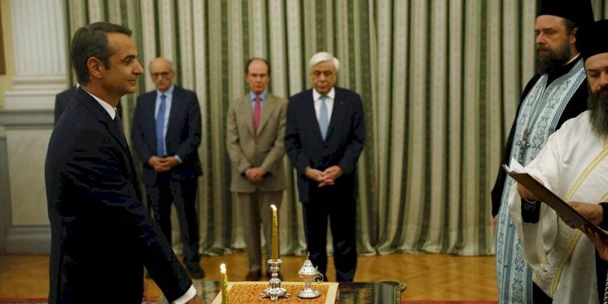 Tras las elecciones, Mitsotakis toma juramento como primer ministro de Grecia