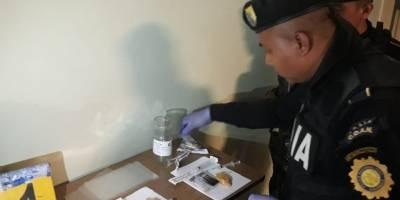 mujer llevaba droga en su organismo en Antigua