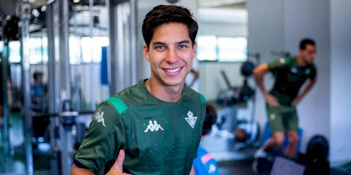 'La prensa en México me exigía como si fuera un veterano': Diego Lainez