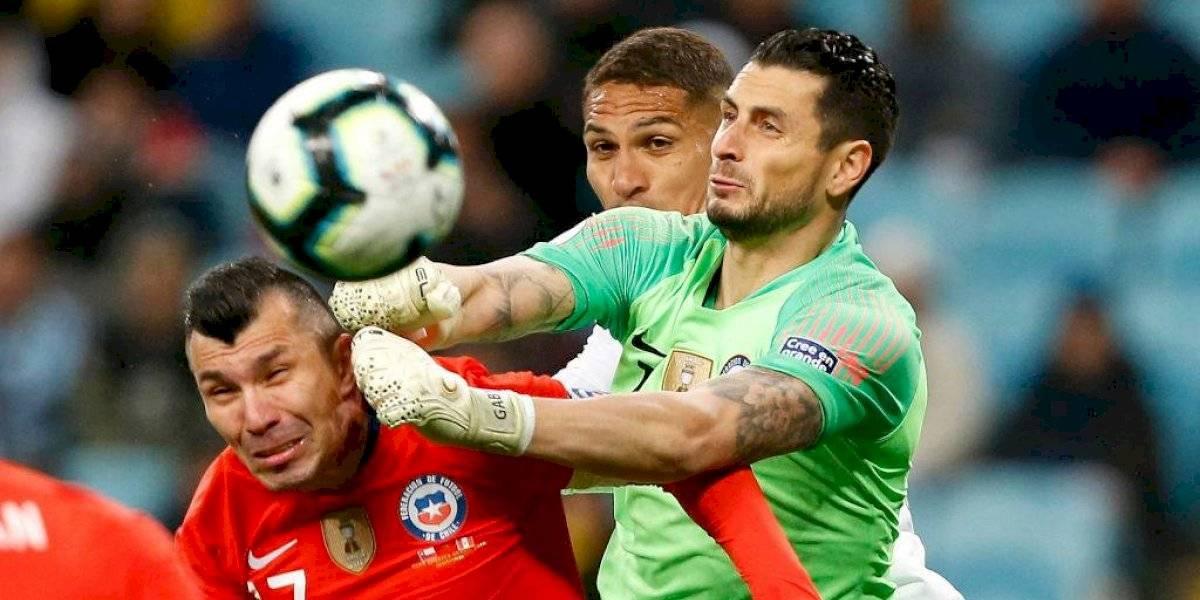 Brasileños ponen a tres jugadores de la Roja y a Rueda en el peor equipo de la Copa América