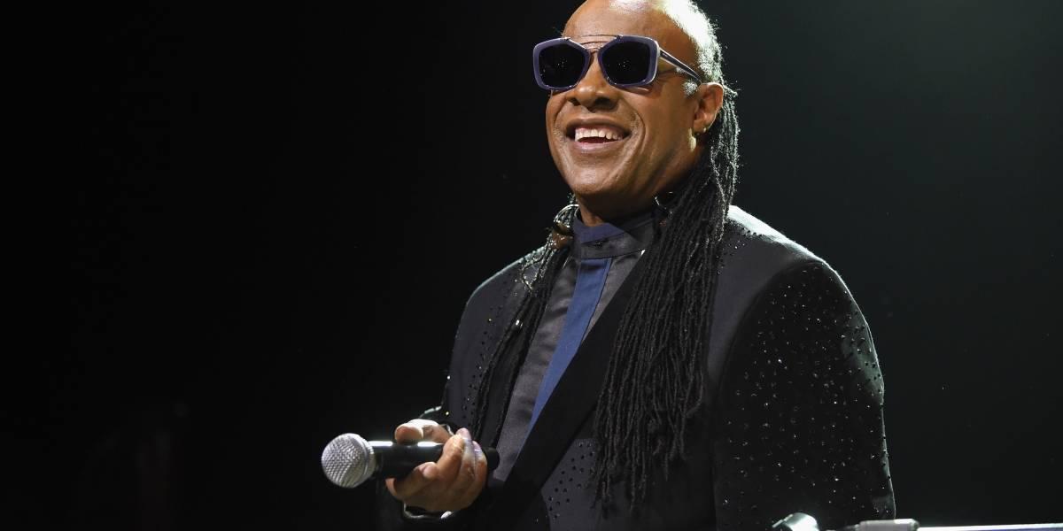 Stevie Wonder anuncia que passará por transplante de rim