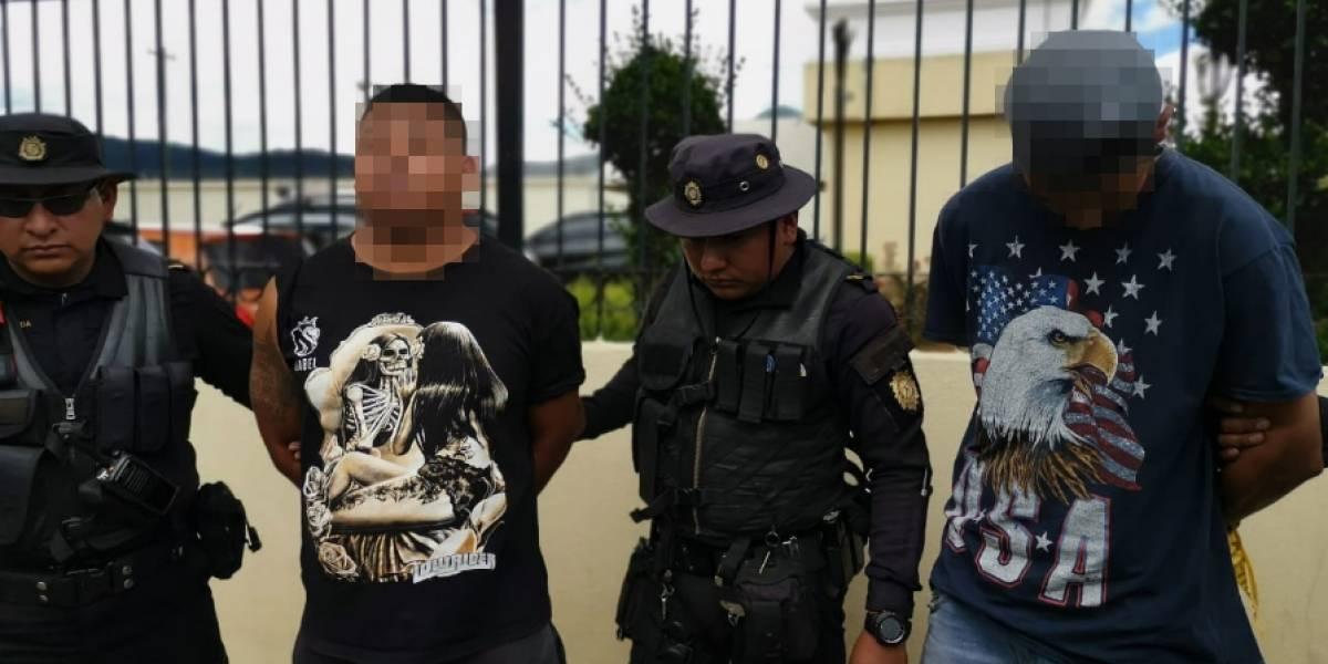 Dos presuntos pandilleros son capturados por ataque a bus urbano