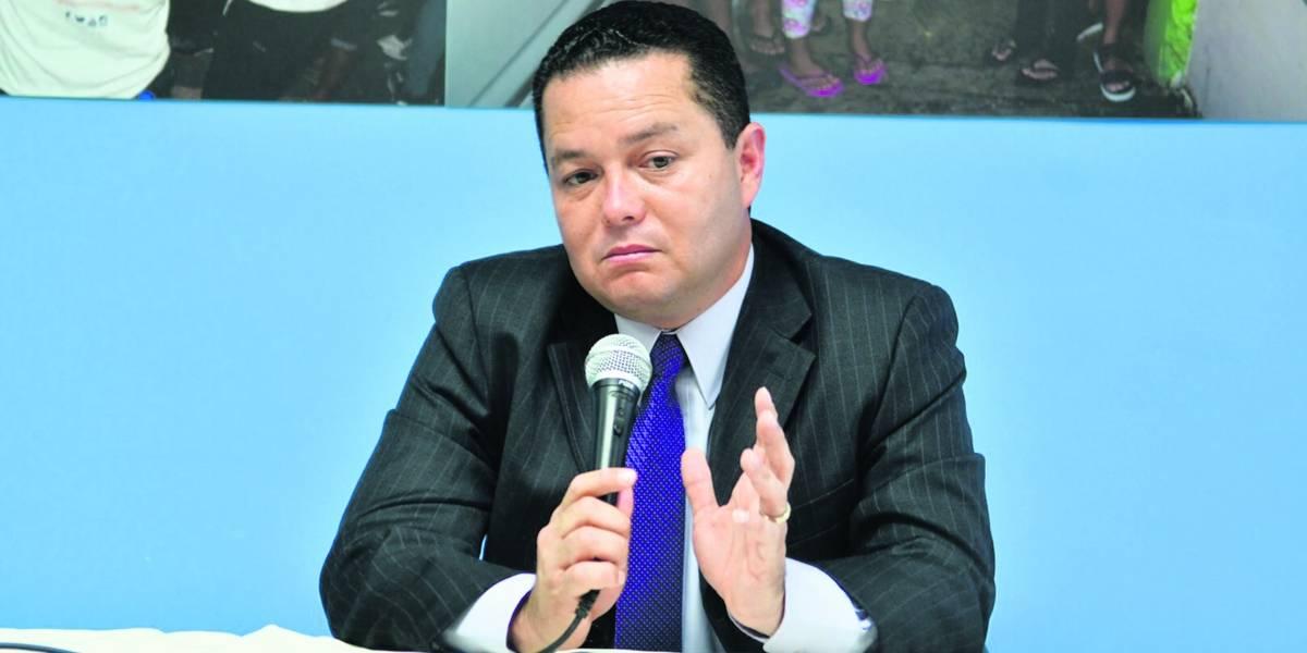 Alcaldes contra la pared si Swain deroga ley que los exime de pagos