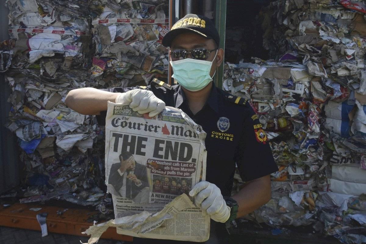 Indonesia presenta una muestra de la basura que enviará a otros países Foto: AP