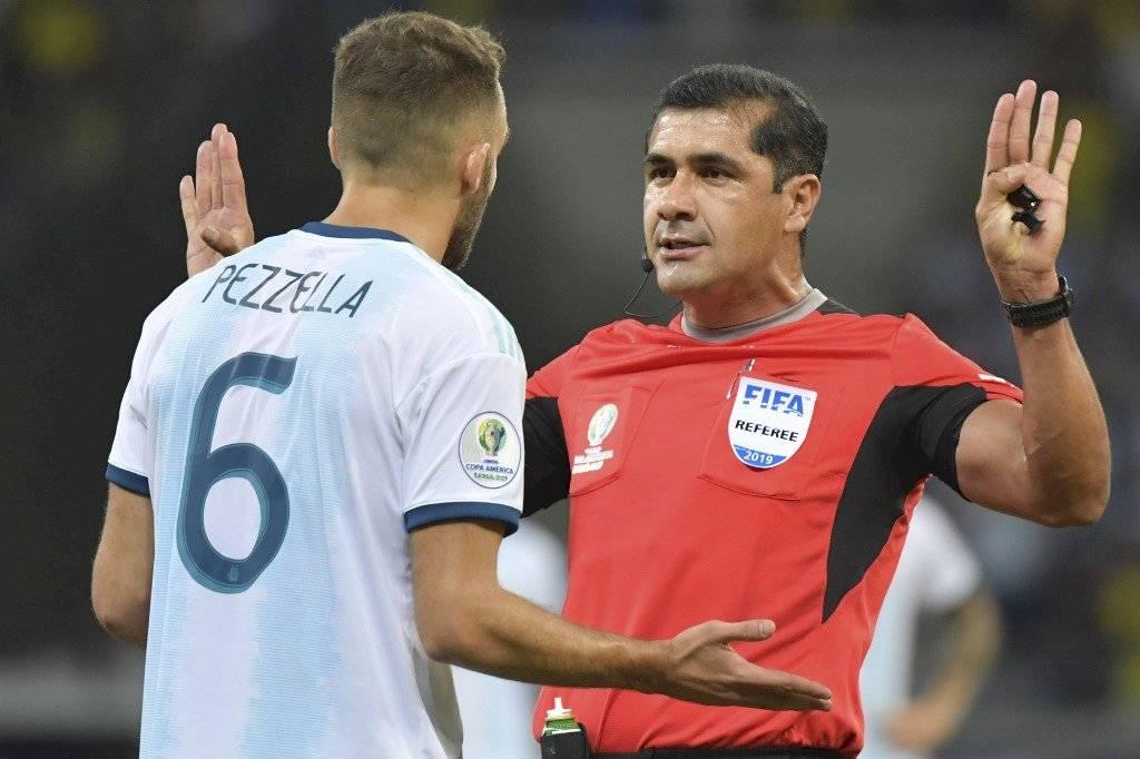 Roddy Zambrano árbitro Brasil-Argentina
