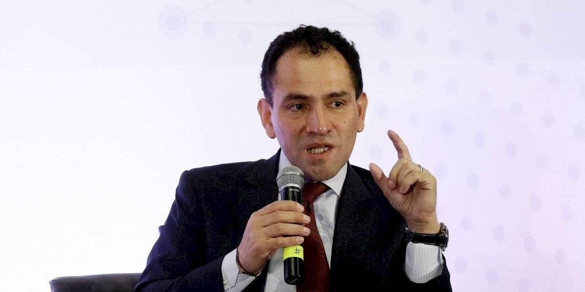 Los traspiés de Arturo Herrera que AMLO tuvo que desmentir