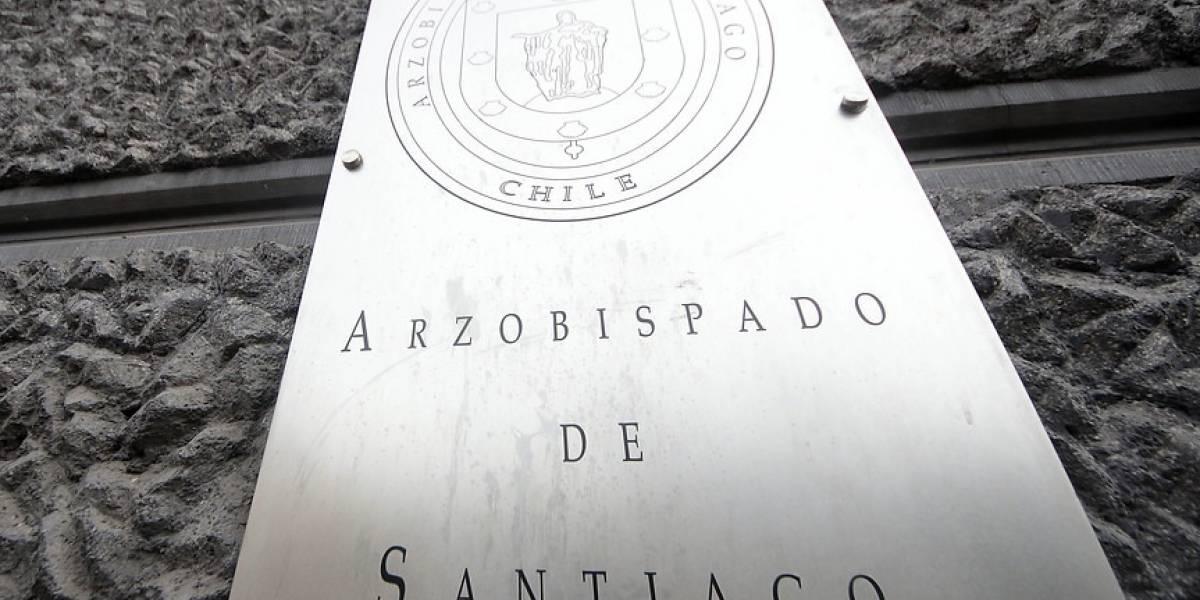 Arzobispado de Santiago ofreció detalles sobre las denuncias recibidas contra Hugo Montes