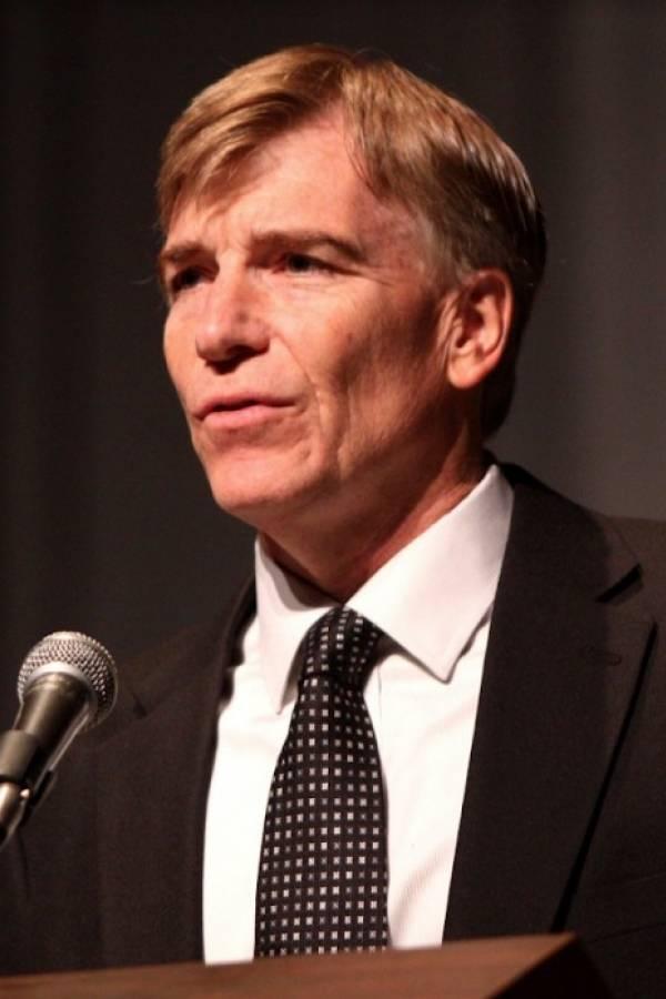 Ivan Eland, miembro senior y director del Centro para la Paz y la Libertad en The Independent Institute, Estados Unidos