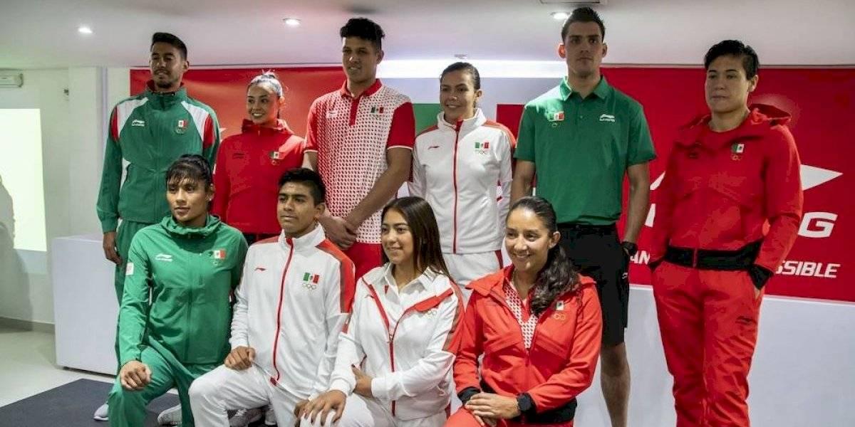 Presentan uniformes que usarán atletas mexicanos en Lima 2019