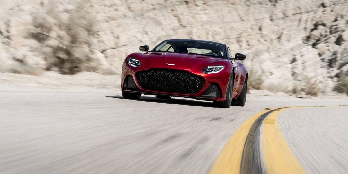 El DBS Superleggera, la bestia de Aston Martin, llega a imponer su estilo y velocidad