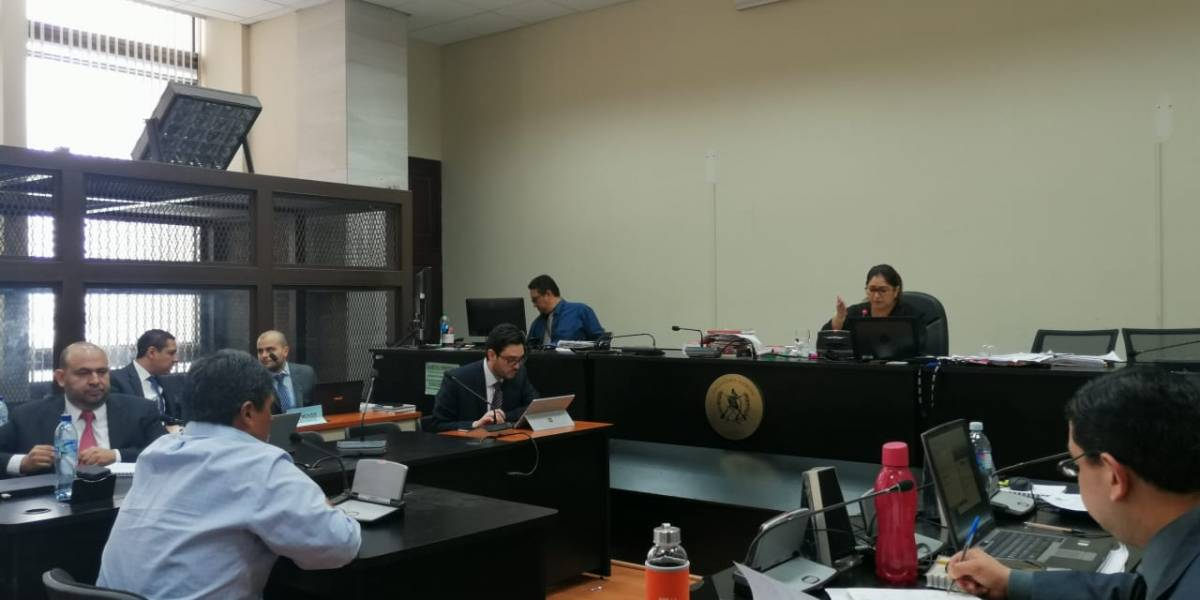 Sindicado en caso que vincula a la UNE confirma que entregó Q1 millón a Leal Castillo