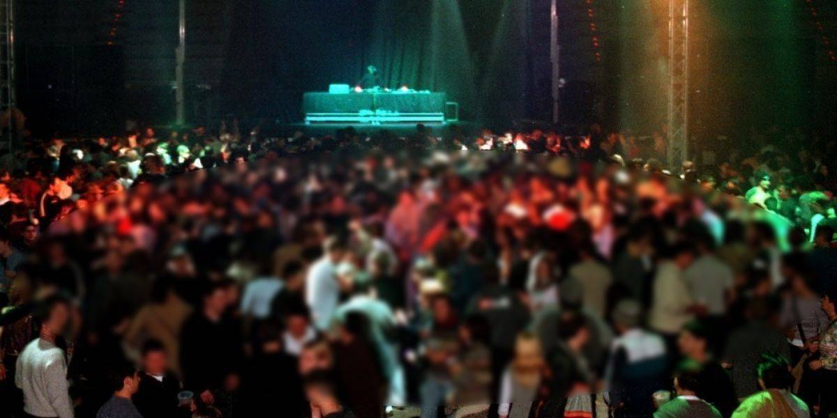 Mujer sufre infarto mientras participaba en festival de sexo