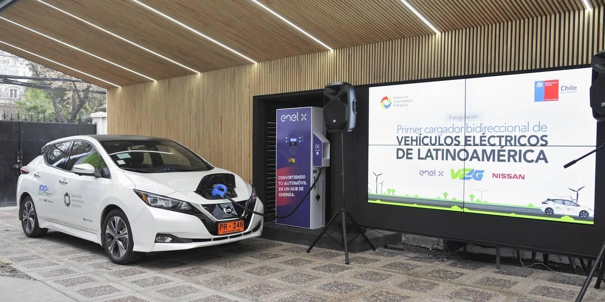 Chile ya tiene funcionando el primer cargador bidireccional para autos eléctricos