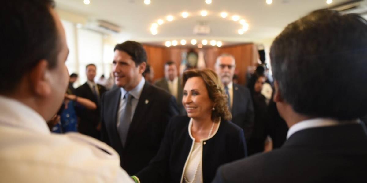 Candidata Torres y alcalde Quiñónez se reúnen para hablar de transporte y seguridad