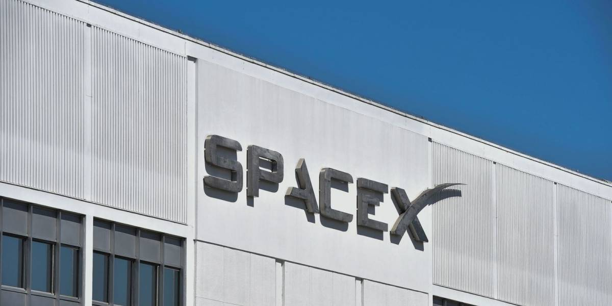 Antigua pasante demanda a SpaceX por retaliación tras reportar acoso sexual