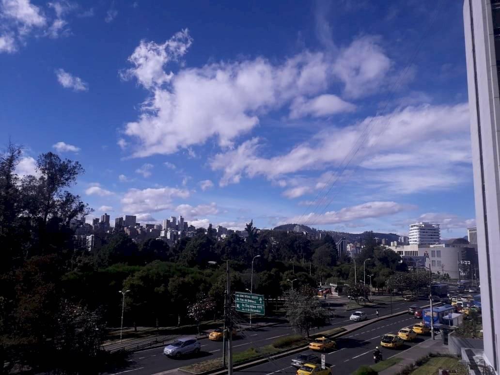 Sol en Quito