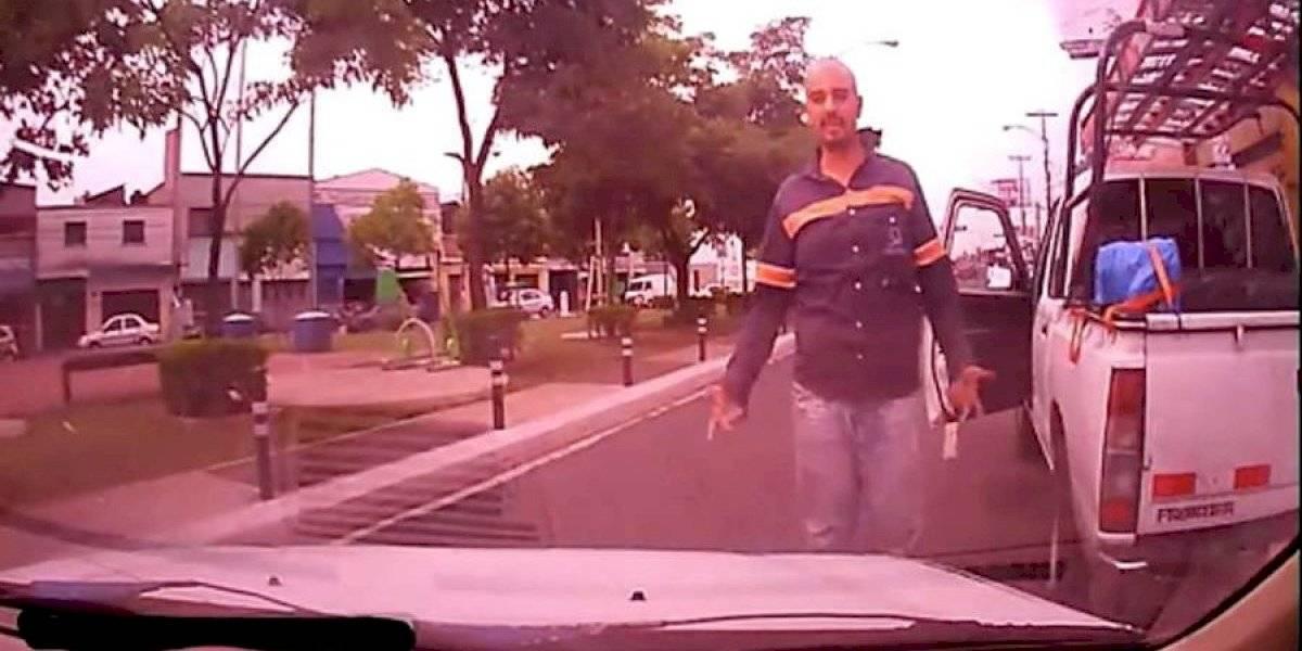 VIDEO. Graban nuevo caso de agresión en contra de un conductor