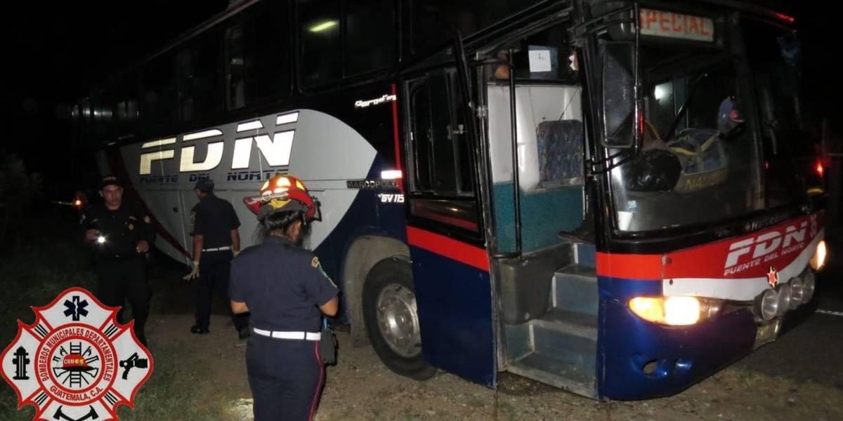 Un muerto y un herido tras asalto a bus en ruta al Atlántico