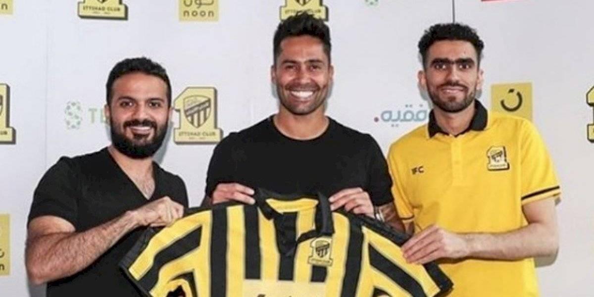 Luis Jiménez fue presentado en Arabia y se une al Coto Sierra, el Piña Villanueva y Emiliano Vecchio