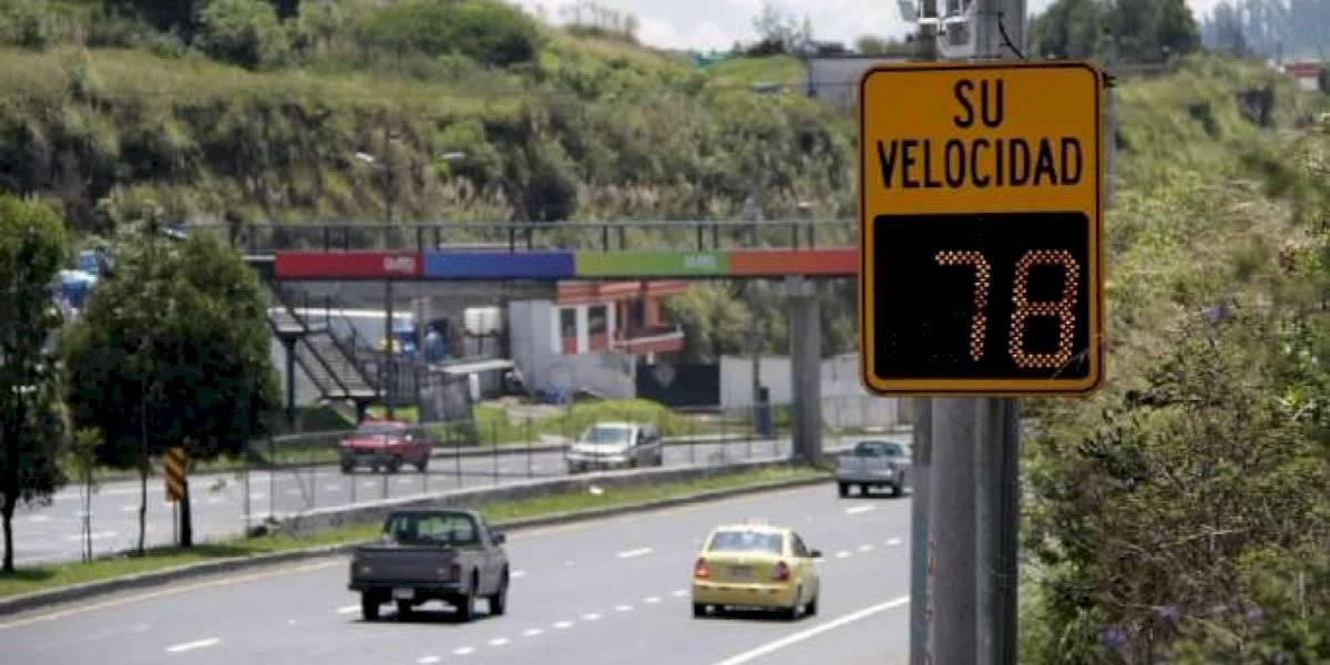 Plantón en la Ruta Viva por la imposición de multas por exceso de velocidad