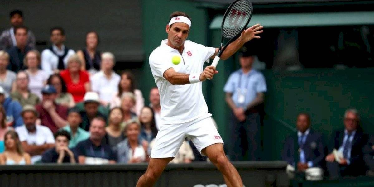 """Federer no se confía antes del superclásico contra Nadal: """"Puede hacer daño a cualquiera en cualquier superficie"""""""