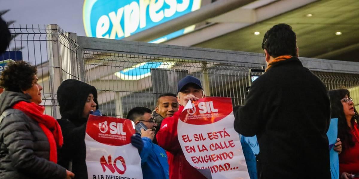 Huelga en Walmart: empresa se apura a aclarar que ventas online y por Cornershop se realizan con normalidad