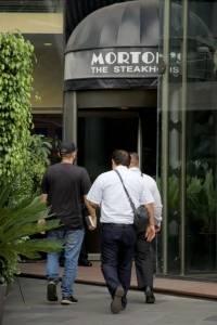 Detención de Juan Collado en un restaurante
