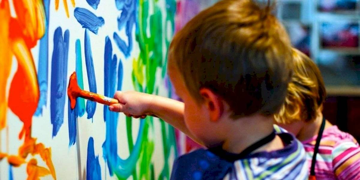 """""""Pintando por sueños grandes"""" organización invita a la niñez guatemalteca a participar en la subasta artística"""