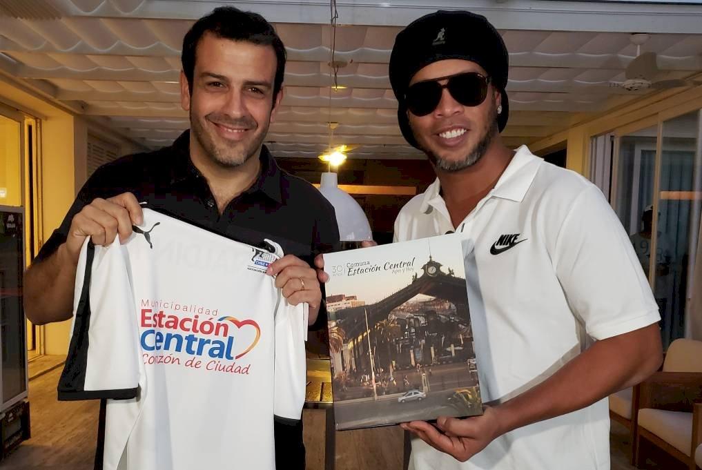 Ronaldinho vendrá a Estación Central / Foto: Cedida