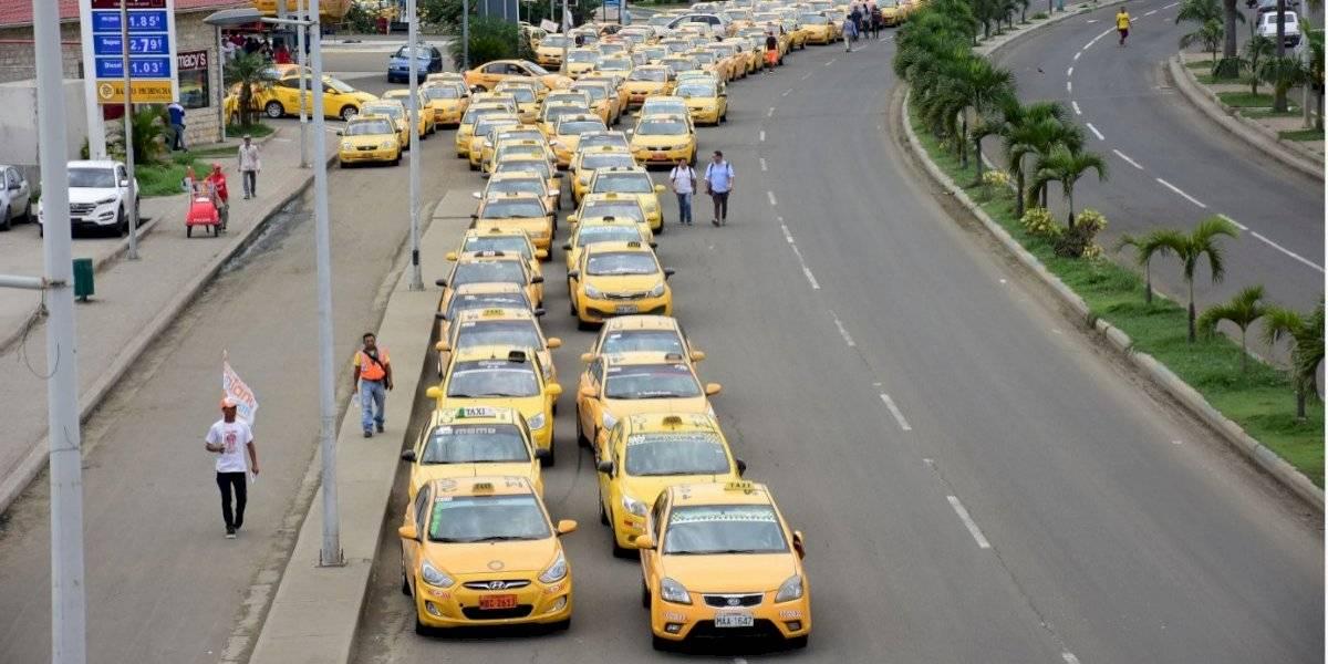 Taxistas anuncian movilización para el próximo 17 de julio