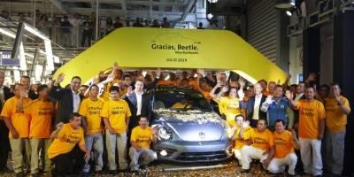 Despiden el último Beetle de Volkswagen