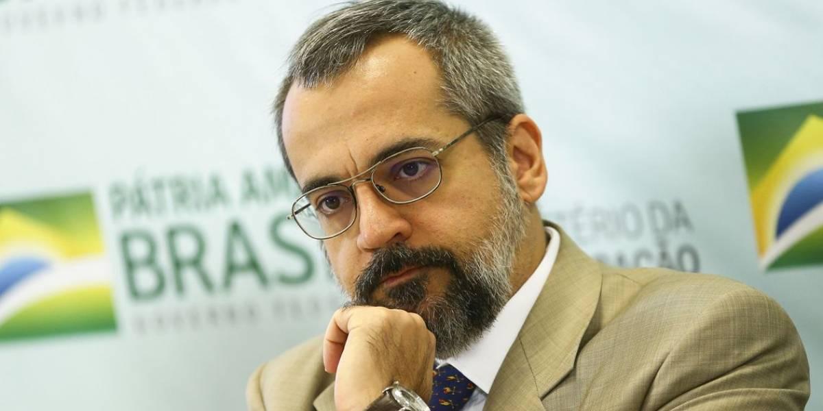 MEC quer reduzir meta de investimento de 10% do PIB
