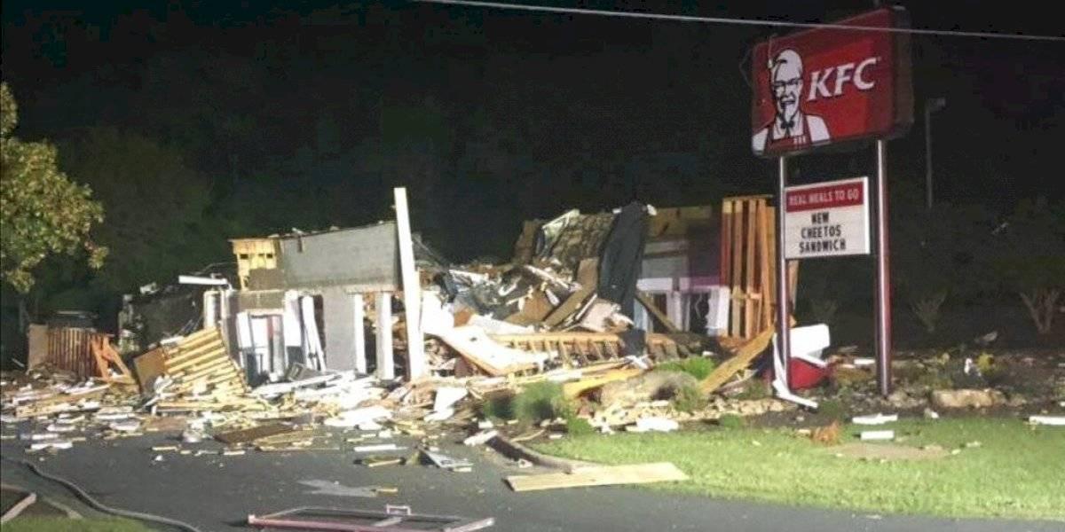 Explosión destruye restaurante KFC en Carolina del Norte