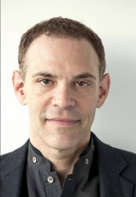 Eric Heinze, profesor de derecho y humanidades en la Universidad de Londres, Reino Unido